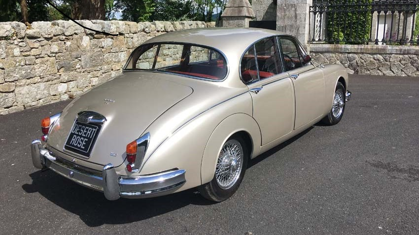 DESERT ROSE MK II JAGUAR WEDDING CAR (25 PHOTOS)